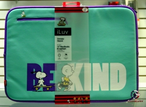 "iLuv IBP2113BKBLU snoopy sleeve for 15""macbooks & laptops"